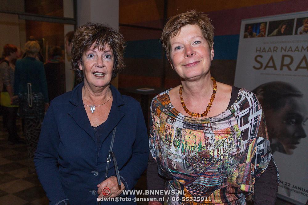 NLD/Den Haag/20130103 - Premiere Haar Naam was Sarah, Maartje van Weegen en vriendin