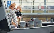 5-3-2015 - 's Hertogenbosch  - Hare Majesteit Koningin Máxima opent op donderdag 5 maart bij 's Hertogenbosch het nieuwe Máximakanaal en de verruimde Zuid-Willemsvaart Den Dungen-Veghel. Minister Schultz van Haegen van Infrastructuur en Milieu is bij de opening aanwezig. COPYRIGHT ROBIN UTRECHT 5-3-2015 - 's Hertogenbosch  - Her Majesty Queen Máxima opens on Thursday, March 5th in 's Hertogenbosch, the new Maxima Channel and the broader South Willemsvaart Den Dungen-Veghel. Minister Schultz van Haegen of Infrastructure and Environment is present at the opening.COPYRIGHT ROBIN UTRECHT