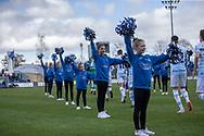 FODBOLD: FCH Diamonds følger spillerne på banen til  kampen i NordicBet Ligaen mellem FC Helsingør og HB Køge den 17. marts 2019 på Helsingør Stadion. Foto: Claus Birch