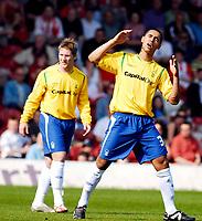 Photo: Alan Crowhurst.<br />Brentford v Nottingham Forest. Coca Cola League 1. 14/04/2007. Forest's Lewis McGugan sees his shot go wide.