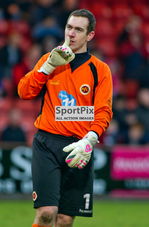 Dunfermline Athletic v Stenhousemuir SPFL League One East End Park 14 February 2015<br /> Greg Fleming silences the pars fans, his former team, after the penalty save<br /> CRAIG BROWN | sportPix.org.uk