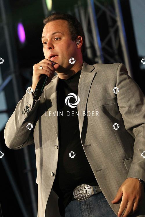 ALEM - Frans Bauer was ook dit jaar weer de hoofdact van het Shamajo VIP Concert. FOTO LEVIN DEN BOER - PERSFOTO.NU