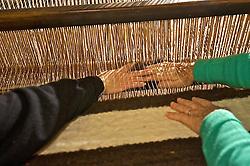 Habitada inicialmente por imigrantes vindos da Ilha dos Açores, a cidade de Mostardas ainda cultiva laços dos primeiros imigrantes como a produção de cobertores de lã de ovelha, criadas nas diversas fazendas espalhadas pela região. FOTO: Lucas Uebel/Preview.com