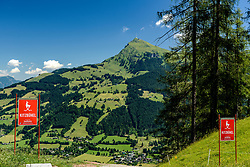 THEMENBILD - Die Anfahrt auf den Seidlalmsprung mit dem Kitzbüheler Horn als Bergpanorama, aufgenommen am 26. Juni 2017, Kitzbühel, Österreich // The access to the Seidlalm jump with the Kitzbüheler Horn as a mountain panorama at the Streif, Kitzbühel, Austria on 2017/06/26. EXPA Pictures © 2017, PhotoCredit: EXPA/ Stefan Adelsberger