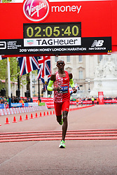 © Licensed to London News Pictures. 28/04/2019. London, UK. Britain's Mo Farah crosses the finish line at the London Marathon 2019. Photo credit: Dinendra Haria/LNP