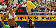 Football-FIFA Beach Soccer World Cup 2006 - Group A-Brasil - Poland, Beachsoccer World Cup 2006. A dancing girl - Rio de Janeiro - Brazil 03/11/2006 <br /> Mandatory credit: FIFA/ Manuel Queimadelos