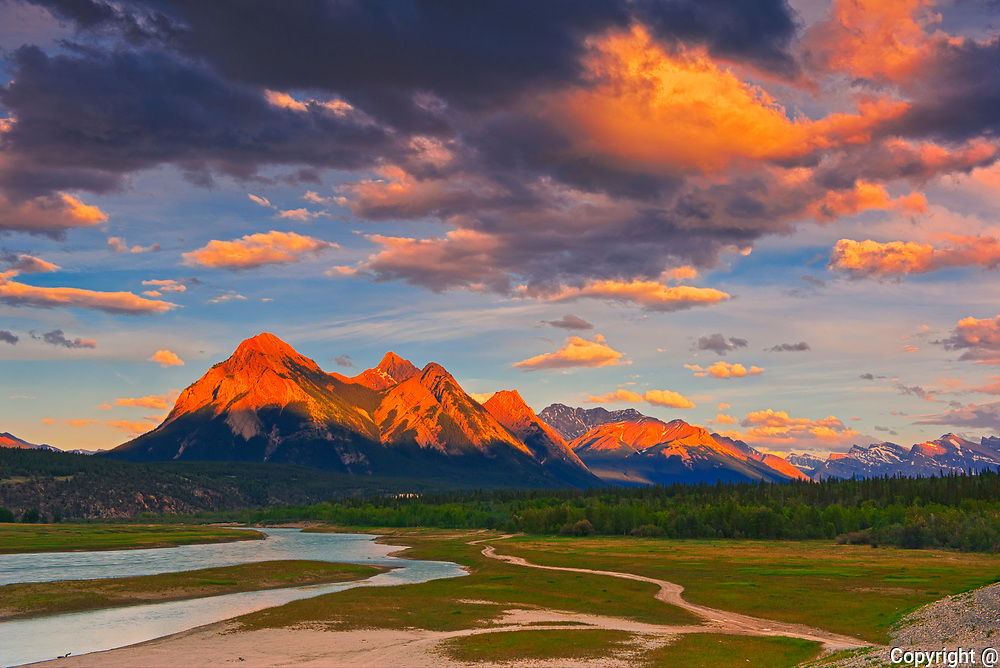 Canadian Rocky Mountains and Abraham Lake at sunrise.<br />