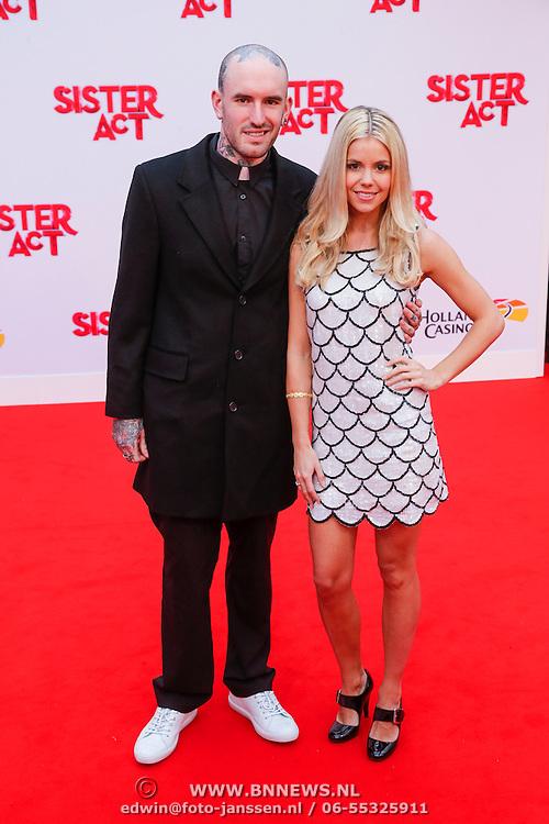 NLD/Scheveningen/20130303 - Premiere Sister Act 2013, Yvonne Coldeweijer en partner Ben Saunders