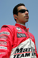 Helio Castroneves at the Twin Ring Motegi, Japan Indy 300, April 30, 2005