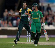 Jean-Paul Duminy in past Umar Gul during the ICC World Twenty20 Cup semi-final between South Africa and Pakistan at Trent Bridge. Photo © Graham Morris (Tel: +44(0)20 8969 4192 Email: sales@cricketpix.com)