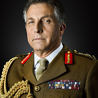 My latest Portrait commission from the British Army took place with General Sir Nick Carter, KCB, CBE, DSO, ADC Chief of the General Staff. He served as commanding officer of 2nd Battalion, Royal Green Jackets in which role he was deployed to Bosnia in 1998 and Kosovo in 1999. After service in Afghanistan, he took command of 20th Armoured Brigade in 2004 and commanded British forces in Basra. He was subsequently appointed General Officer Commanding 6th Division, which was deployed to Afghanistan with Carter as Commander ISAFRegional Command South, before he became Director-General Land Warfare. After that he became Deputy Commander Land Forces in which role he was the main architect of the Army 2020 concept. After a tour as Deputy Commander, International Security Assistance Force, he assumed the position of Commander Land Forces in November 2013. In September 2014, he became head of the British Army as Chief of the General Staff succeeding General Sir Peter Wall.