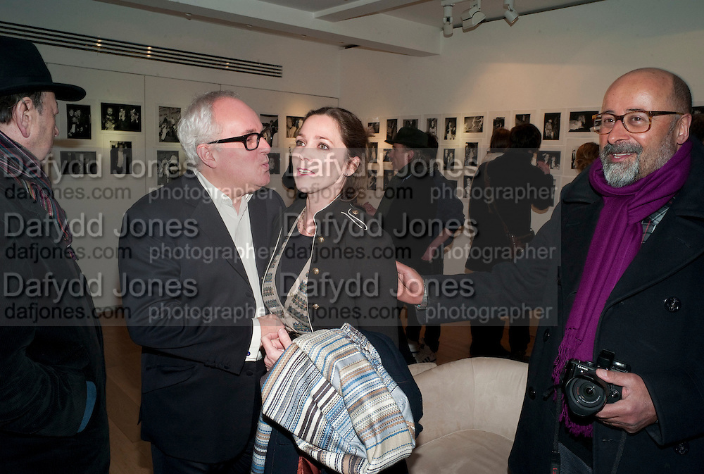 GERRY FARRELL; LADY LIZA CAMPBELL; RICHARD YOUNG, The Way We Wore.- Photographs of parties in the 70's by Nick Ashley. Sladmore Contemporary. Bruton Place. London. 13 January 2010. *** Local Caption *** -DO NOT ARCHIVE-&copy; Copyright Photograph by Dafydd Jones. 248 Clapham Rd. London SW9 0PZ. Tel 0207 820 0771. www.dafjones.com.<br /> GERRY FARRELL; LADY LIZA CAMPBELL; RICHARD YOUNG, The Way We Wore.- Photographs of parties in the 70's by Nick Ashley. Sladmore Contemporary. Bruton Place. London. 13 January 2010.
