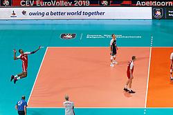 21-09-2019 NED: EC Volleyball 2019 Poland - Spain, Apeldoorn<br /> 1/8 final EC Volleyball / Team Poland, Wilfredo Leon Venero #9 of Poland