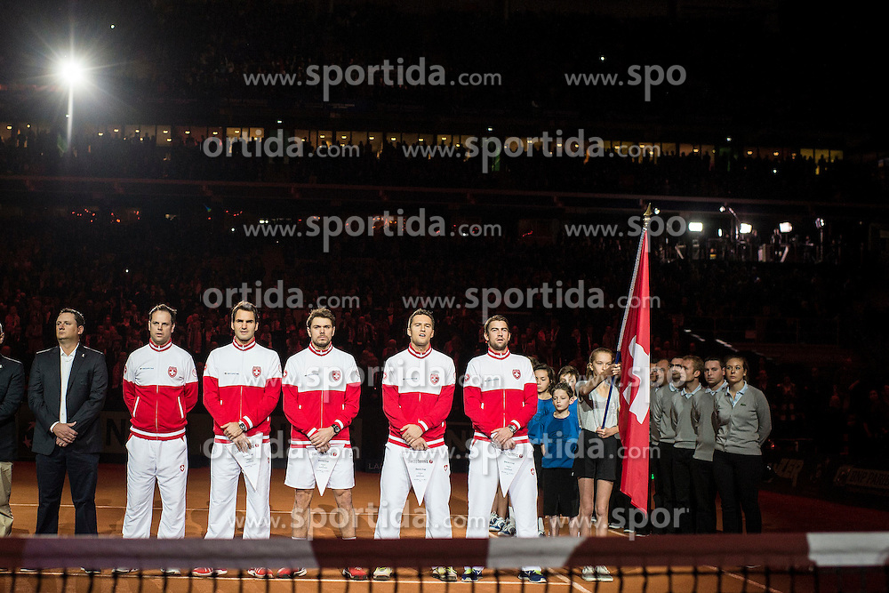 21.11.2014, Stade Pierre Mauroy, Lille, FRA, Davis Cup Finale, Frankreich vs Schweiz, im Bild Schweizer Davis Cup Team mit Captain Severin Luethi (SUI), Roger Federer (SUI), Stanislas Wawrinka (SUI), Marco Chiudinelli (SUI) und Michael Lammer (SUI) // during the Davis Cup Final between France and Switzerland at the Stade Pierre Mauroy in Lille, France on 2014/11/21. EXPA Pictures &copy; 2014, PhotoCredit: EXPA/ Freshfocus/ Valeriano Di Domenico<br /> <br /> *****ATTENTION - for AUT, SLO, CRO, SRB, BIH, MAZ only*****