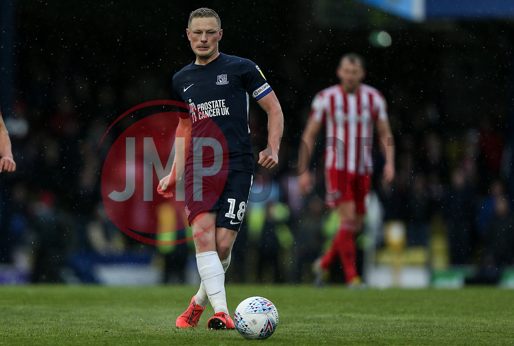 Sam Mantom of Southend United on the ball - Mandatory by-line: Arron Gent/JMP - 04/05/2019 - FOOTBALL - Roots Hall - Southend-on-Sea, England - Southend United v Sunderland - Sky Bet League One