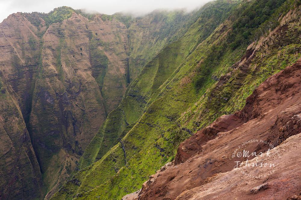 Honopu Valley, Na Pali Coast, Kauai, Hawaii