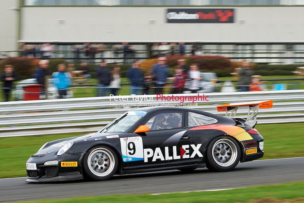 #9 David FAIRBROTHER Porsche 997 GT3 during GT Cup - Race 2 as part of the MSVR Oulton Park 10th October 2015 at Oulton Park, Little Budworth, Cheshire, United Kingdom. October 10 2015. World Copyright Taylor/PSP. Copy of publication required for printed pictures.  Every used picture is fee-liable.