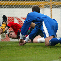Alloa v St Johnstone..  02.11.02<br />Alloa keeper James Evans can't stop the Chris Hay's shot which opened the scoring for Saints<br /><br />Pic by Graeme Hart<br />Copyright Perthshire Picture Agency<br />Tel: 01738 623350 / 07990 594431