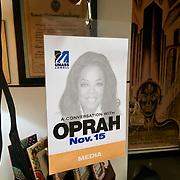 "Acreditacion a ""Conversando con Oprah"". UMass, Lower, Keynote speaker"