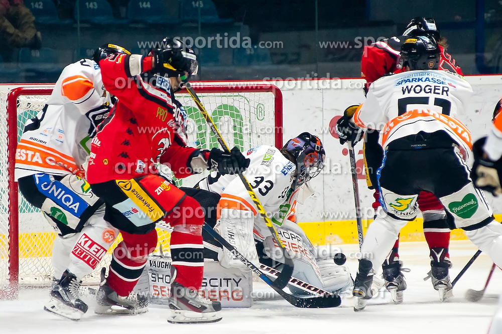 18.12.2015, Ice Rink, Znojmo, CZE, EBEL, HC Orli Znojmo vs Moser Medical Graz 99ers, 32. Runde, im Bild v.l. Kevin Mitchell (Graz 99ers) Jiri Beroun (HC Orli Znojmo) Thomas Honeckl (Graz 99ers) Daniel Woger (Graz 99ers) Radek Cip (HC Orli Znojmo) // during the Erste Bank Icehockey League 32nd round match between HC Orli Znojmo and Moser Medical Graz 99ers at the Ice Rink in Znojmo, Czech Republic on 2015/12/18. EXPA Pictures © 2015, PhotoCredit: EXPA/ Rostislav Pfeffer