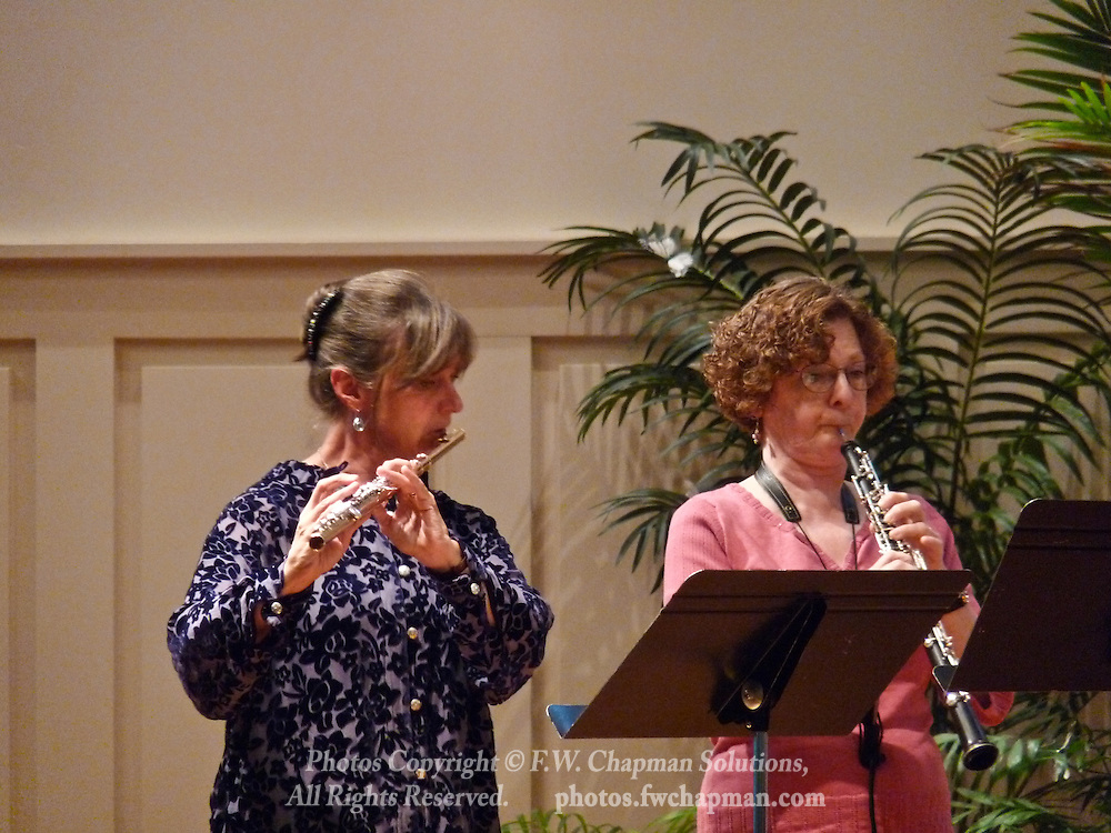 Valley Vivaldi players Robin Kani, flute, and Cheryl Bishkoff, oboe,  perform in a Sunday evening concert starting at 7:30 PM on July 19, 2009 at Wesley Church in Bethlehem, Pennsylvania, United States.