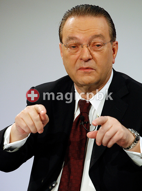 Oswald J. Gruebel, CEO of Swiss Bank UBS, is pictured during a press conference on the fourth quarter and full-year results 2009 in Zurich,  Switzerland, Tuesday, Feburary 9, 2010. (Photo by Patrick B. Kraemer / MAGICPBK)