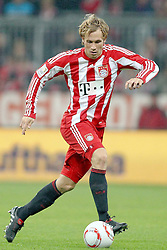 29.10.2010, Allianz Arena, Muenchen, GER, 1.FBL, FC Bayern Muenchen vs SC Freiburg, im Bild  Andreas Ottl (Bayern #16) , EXPA Pictures © 2010, PhotoCredit: EXPA/ nph/  Straubmeier+++++ ATTENTION - OUT OF GER +++++