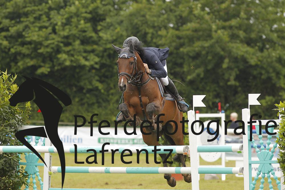 Ostendorf, Daniel, Queenara<br /> Eutin - Dressur- und Springturnier<br /> © www.sportfotos-lafrentz.de/Stefan Lafrentz