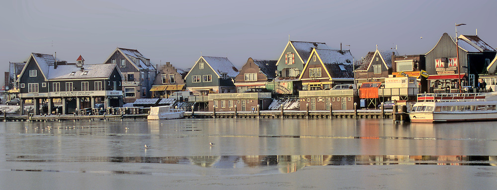 Europe, The Netherlands. Edam-Volendam in winter.