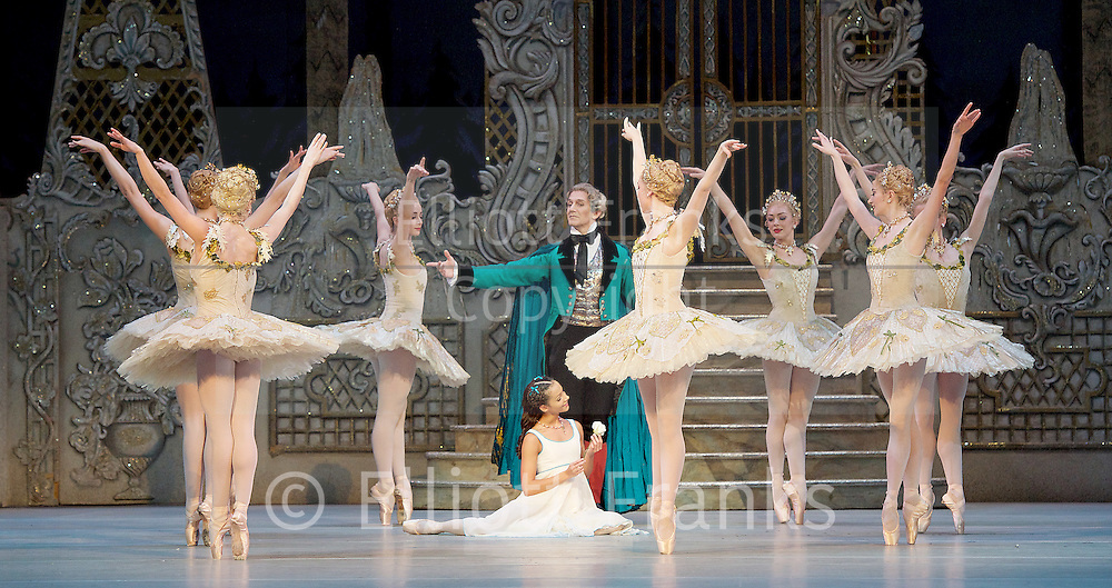 The Nutcracker<br /> <br /> Choreography by Peter Wright after Lev Ivanov<br /> Music by Tchaikovsky<br /> <br /> The Royal Ballet at the Royal Opera House, Covent Garden, London, Great Britain <br /> <br /> Pre-General Rehearsal <br /> <br /> 7 December 2015 <br /> <br />                 <br /> <br /> Francesca Hayward as Clara  <br /> <br /> <br /> Gary Avis as Drosslemeyer  <br /> <br /> <br /> <br /> <br /> Photograph by Elliott Franks <br /> Image licensed to Elliott Franks Photography Services