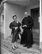 23/05/1956<br /> 05/23/1956<br /> 23 May 1956<br /> Actress Moira Lister leaving Dublin Airport for London. Lister was a South African born, English film, stage and television actress, and writer who did a lot of work with the BBC and was a member of the British Catholic Stage Guild. Picture shows Moira Lister with Fr. Cormac O'Daly O.F.M before her departure.