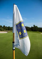 DEN DOLDER - Pin, vlag Golfsocieteit De Lage Vuursche. COPYRIGHT KOEN SUYK