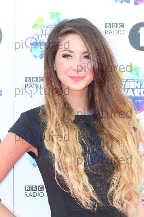 Zoella, BBC Radio 1 Teen Awards, Wembley Arena, London UK, 03 November 2013, Photo by Richard Goldschmidt