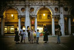 Vicenza - Basilica palladiana. Passeggiata serale