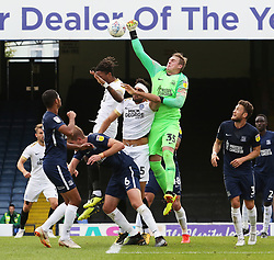 David Stockdale of Southend United challenges for the ball with Ivan Toney of Peterborough United - Mandatory by-line: Joe Dent/JMP - 08/09/2018 - FOOTBALL - Roots Hall - Southend-on-Sea, England - Southend United v Peterborough United - Sky Bet League One