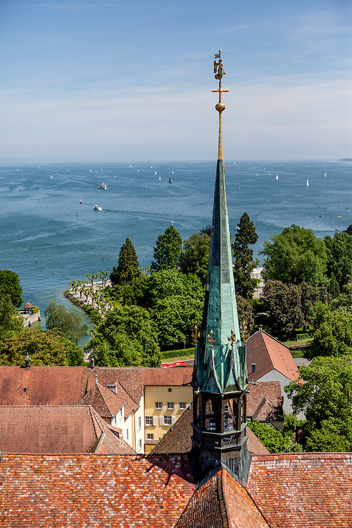 Lake Constance seen from the Minster tower (Konstanzer Münster). The condemnation of Jan Hus took place on 6 July 1415, in the presence of the assembly of the Council in the Cathedral (Minster). After the High Mass and Liturgy, Hus was led into the church. The Bishop of Lodi delivered an oration on the duty of eradicating heresy; then some theses of Hus and Wycliffe and a report of his trial were read.