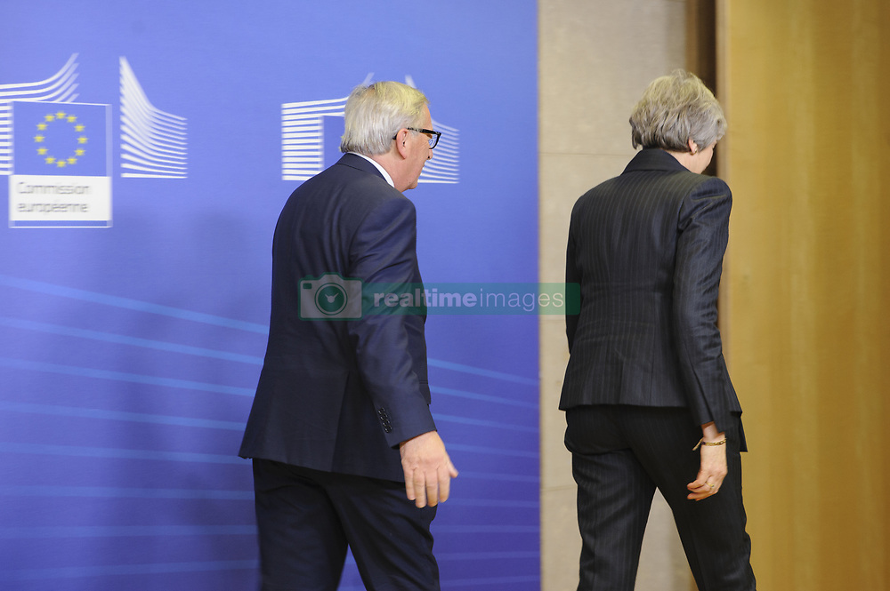 November 21, 2018 - Brussels, Belgium - The President of the European Commission Jean CLaude JUNCKER welcomes British Prime Minister Theresa MAY to the European Commission. (Credit Image: © Nicolas Landemard/Le Pictorium Agency via ZUMA Press)