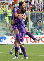 Firenze 01/10/2006<br /> Campionato Italiano Serie A 2006/07<br /> Fiorentina-Catania 3-0<br /> Dario Dainelli abbracciato dopo il gol del 3-0 da Luca Toni<br /> Foto Luca Pagliaricci Inside<br /> www.insidefoto.com