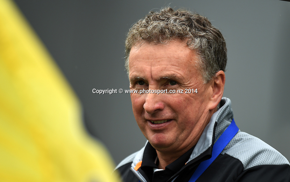 Coach Ernie Merrick during the A-League Football match between the Wellington Phoenix v Central Coast Mariners, Eden Park, Saturday 13 December 2014. Photo: Andrew Cornaga/photosport.co.nz