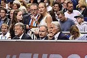 DESCRIZIONE : Berlino Berlin Eurobasket 2015 Group B Germany Germania - Italia Italy<br /> GIOCATORE : Giovanni Petrucci Giovanni Malag&ograve;<br /> CATEGORIA : Tifosi Pubblico Spettatori VIP<br /> SQUADRA : Italia Italy<br /> EVENTO : Eurobasket 2015 Group B<br /> GARA : Germany Italy - Germania Italia<br /> DATA : 09/09/2015<br /> SPORT : Pallacanestro<br /> AUTORE : Agenzia Ciamillo-Castoria/GiulioCiamillo
