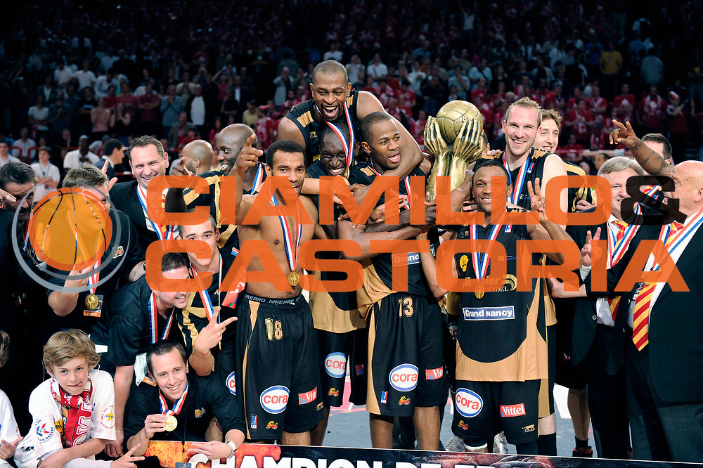 DESCRIZIONE : Championnat de France Basket Ligue Pro A Finale Trophee<br /> GIOCATORE : Nancy Champion<br /> SQUADRA : Nancy<br /> EVENTO : Ligue Pro A  2010-2011<br /> GARA : Cholet Nancy<br /> DATA : 26/06/2011<br /> CATEGORIA : Basketbal France Ligue Pro A<br /> SPORT : Basketball<br /> AUTORE : JF Molliere par Agenzia Ciamillo-Castoria <br /> Galleria : France Basket 2010-2011 Action<br /> Fotonotizia : Championnat de France Basket Ligue Pro A  Trophee<br /> <br /> Predefinita :