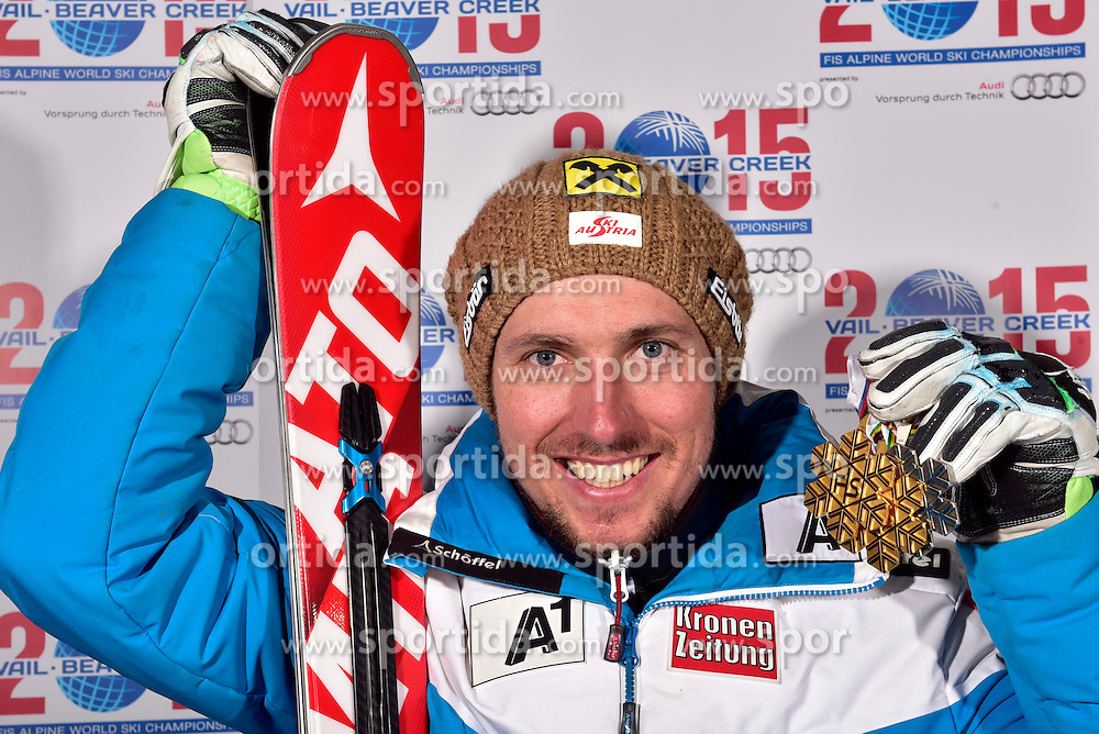13.02.2015, Solaris Placa, Vail, USA, FIS Weltmeisterschaften Ski Alpin, Vail Beaver Creek 2015, Herren, Riesentorlauf, Medaillen, im Bild Marcel Hirscher (AUT, 2. Platz) // 2nd placed Marcel Hirscher of Austria poses with his Medals after the Mens Giant Slalom of FIS Ski World Championships 2015 at the Solaris Placa in Vail, United States on 2015/02/13. EXPA Pictures © 2015, PhotoCredit: EXPA/ Vail 2015/ Francis Bompard