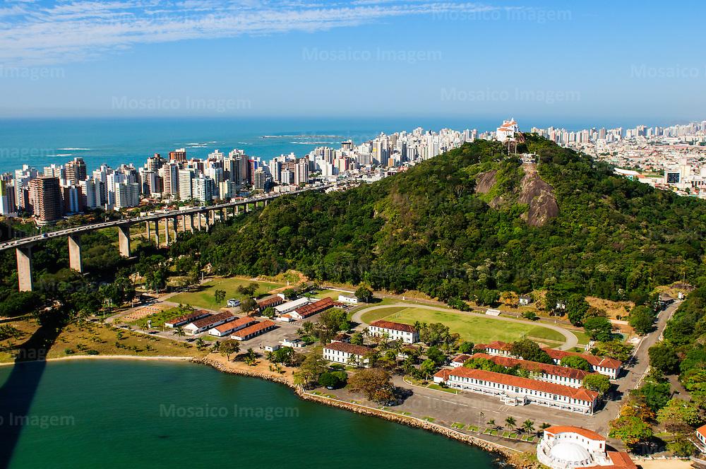 Brasil - Espirito Santo - Vila Velha - Vista aerea do Convento da Penha com Cidade de Vila Velha ao fundo - Foto: Gabriel Lordello/ Mosaico Imagem