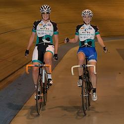 20-12-2015: Wielrennen: NK Baan: Alkmaar<br />ALKMAAR (NED) baanwielrennen  Kampioenen Koppelkoers Kirsten Wild en Nina Kessler