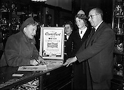 Gracie Fields at Messrs Jameson and Co. Ltd. O'Connell St..05/12/1952