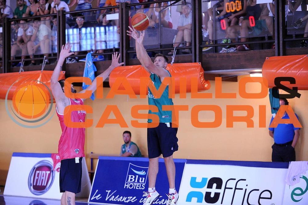 DESCRIZIONE : Folgaria Allenamento Raduno Collegiale  Nazionale Italia Maschile <br /> GIOCATORE : Stefano Mancinelli<br /> CATEGORIA : Allenamento <br /> SQUADRA : Nazionale Italiana Uomini <br /> EVENTO :  Allenamento Raduno Folgaria<br /> GARA : Allenamento<br /> DATA : 26/07/2013 <br /> SPORT : Pallacanestro<br /> AUTORE : Agenzia Ciamillo-Castoria/Max.Ceretti<br /> Galleria : FIP Nazionali 2013<br /> Fotonotizia : Folgaria Allenamento Raduno Collegiale  Nazionale Italia Maschile <br /> Predefinita :