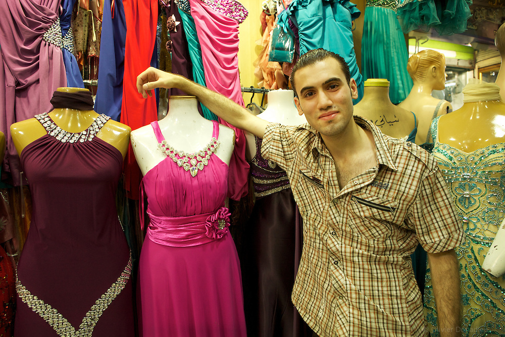 Cocktail dress shop, Damascus, Syria..Magasin de robe de soiree, Damas, Syrie.