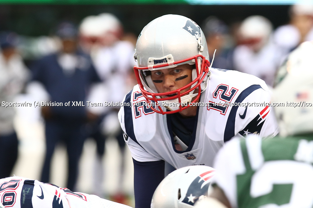 EAST RUTHERFORD, NJ - OCTOBER 15: New England Patriots Quarterback Tom Brady #12 takes a snap during the first half of a regular season NFL game between the New England Patriots and the New York Jets on October 15, 2017, at MetLife Stadium in East Rutherford, NJ. (Photo by David Hahn/Icon Sportswire)