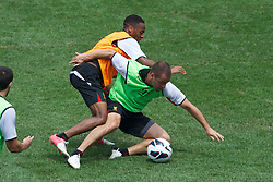 BALTIMORE, MD - Friday, July 27, 2012: Liverpool's Raheem Sterling and Joe Cole during a training session ahead of the pre-season friendly match against Tottenham Hotspur at the M&T Bank Stadium. (Pic by David Rawcliffe/Propaganda)