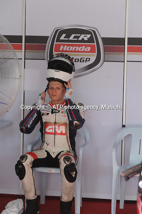 Sepang International Circuit,2nd February 2012, Thursday.. Stefan Bradl (GER) of LCR Honda gets ready to go into the circuit  during the 2012 Pre Season Moto GP testing<br /> Moto Grand Prix 2012 - SEPANG Circuit, Malaysia near Kuala Lumpur . MotoGP class, motorcycle racing -  Motorrad GP - Fee liable image - copyright &copy; ATP Thinakaran SHANMUGAM
